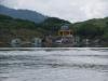 Lật thuyền trên hồ thủy điện, vợ thiệt mạng, chồng mất tích