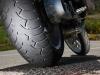 Vì sao đi xe máy trời nắng dễ bị nổ lốp?