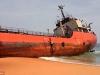 'Tàu ma' bí ẩn mắc cạn ở biển Liberia