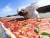 Chiếc bánh pizza có chiều dài kỷ lục gần 2km