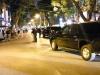 Video: Đoàn xe Obama rời quán bún chả, người dân vẫy chào