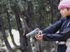 Chiến binh nhí IS dùng súng lục hành quyết gián điệp Taliban