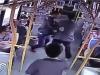 Video: Tên trộm bị tài xế xe bus tóm gọn