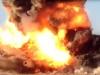 Video: Bom xe IS nổ tung trước khi chạm mục tiêu