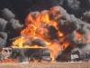 Không quân Mỹ dội bom, phá hủy 83 xe chở dầu IS