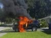 Ôtô bị thiêu rụi vì chiếc điện thoại trên xe phát nổ