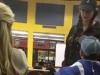Nam sinh bị đánh vì cài chuông iPhone trên cục gạch Nokia