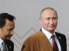 Video: Áo len của người phụ nữ Peru đến tay Putin