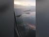 Video: Boeing chở 338 khách phun lửa giữa không trung