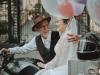 Bộ ảnh cưới bình dị thời 'ông bà anh' của diễn viên phim 'Đất và Người' gây xôn xao