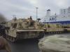 Video: Hàng trăm xe tăng, thiết giáp Mỹ rầm rộ cập cảng Đức