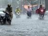 Vùng áp thấp tiến sát đảo Phú Quý, Nam Bộ mưa to