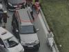 Va chạm giao thông: 2 tài xế trổ tài đấm bốc trên phố gây tắc đường