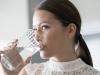4 loại nước mà bạn tuyệt đối không nên uống khi thức dậy