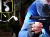 Video: Khoảnh khắc hai đầu đạn bắn từ súng ngắn vỡ nát trước miếng thủy tinh