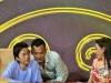 Phi Nhung dụ dỗ Hoài Linh hôn mình trên sóng truyền hình