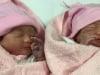 Sản phụ 45 tuổi phấn khởi chào đón 2 con gái thứ 14 và 15