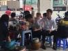 Người dàn dựng clip cô gái rửa chân trong xô đựng nước pha trà lên tiếng giải thích
