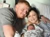 8 lần sảy thai đầy đau đớn vẫn không có được 1 đứa con, người phụ nữ nhận 'món quà vô giá' đúng ngày đầu năm mới