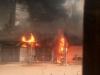 Hà Nội: Cháy xưởng sửa chữa lốp ô tô khiến nhiều người hoảng hốt