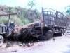 Xe chở 10 tấn dưa hấu bị lật, 2 người tử vong tại chỗ