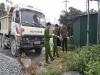 Hy hữu: Xe tải không người lái đâm chết người tại mỏ đá