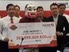 Tỷ phú độc đắc Vietlott 303 tỷ tặng tiền tỷ cho gia đình hiệp sĩ đường phố