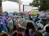 Sóng to, hơn 5.000 du khách mắc kẹt trên đảo Cô Tô