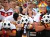 Báo chí Đức mắng đội nhà, dân Mexico cảm ơn Hàn Quốc