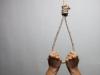 Nghi án vợ treo cổ tự tử vì chồng đi ăn nhậu tới đêm