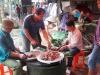 Gia đình thủ môn Bùi Tiến Dũng mổ trâu, chuẩn bị cổ vũ Olympic Việt Nam