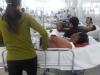 Tranh chấp đất mai táng, 2 cha con bị hàng xóm vác mã tấu chém nhập viện