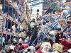 24h qua ảnh: Người dân cướp bóc tìm thức ăn sau thảm họa sóng thần ở Indonesia