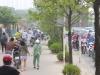 Người dân phải dắt bộ xe máy ngược vỉa hè để tránh CSGT: Nguyên nhân từ tuyến buýt nhanh BRT?