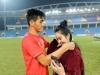 Gia thế giàu có, nhan sắc khả ái của bạn gái cầu thủ Tiến Linh - 'cơn gió lạ' trong đội tuyển Việt Nam