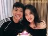 Bạn gái Văn Hậu đăng ảnh ôm bánh kem mừng sinh nhật 18 tuổi, nhưng fan đoán món quà to nhất là...