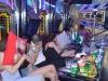 Gần 100 dân chơi dương tính với chất ma túy trong quán karaoke lúc rạng sáng