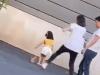 Bức xúc mẫu nhí bị mẹ bạo hành giữa đường
