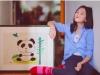 Bức tranh vẽ năm lên 7 tuổi của con gái Vương Phi - Lý Á Bằng được bán với giá 3 tỷ