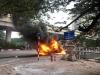 Xe sang Mercedes cháy trụi khiến một người tử vong
