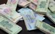 Tin tức pháp luật 24h: Gần 1 tỷ đồng không ai nhận trong chiếc Mazda CX5