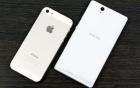 Xperia Z và iPhone 5 màu trắng đọ dáng