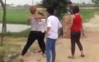 Nữ sinh tố bị xé áo, đánh hội đồng dã man trong quán karaoke 7