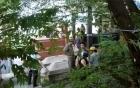 Phát hiện xác nam thanh niên chết bí ẩn giữa hai ngôi mộ