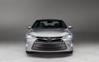 Giá bán chính thức của Toyota Camry 2015