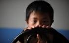 Cuộc sống của trẻ nhiễm HIV trong trại mồ côi ở Trung Quốc