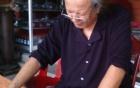 Lão ông 80 tuổi sinh con chia sẻ bí quyết