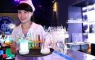Bỏ tiền tỷ mở quán nước ống nghiệm lạ nhất Sài Gòn