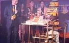 Đàm Vĩnh Hưng chơi trội là sao Việt đầu tiên trên thế giới sử dụng SMC 6