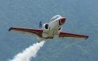 Máy bay nhào lộn đâm nhau trên không, phi công thiệt mạng